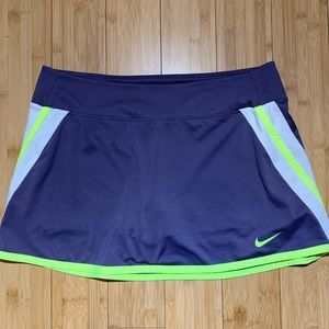 Nike dri fit tennis skirt size L purple and yellow